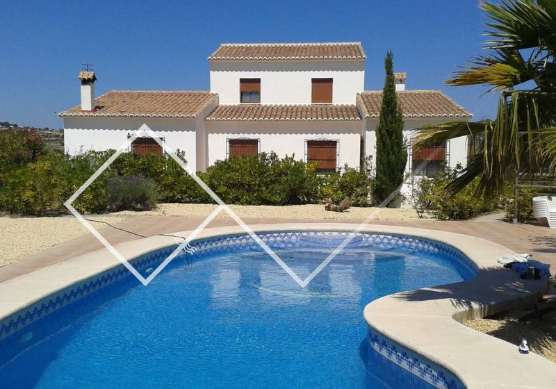 Country house - Resale - Benissa - Partida Benimarraig