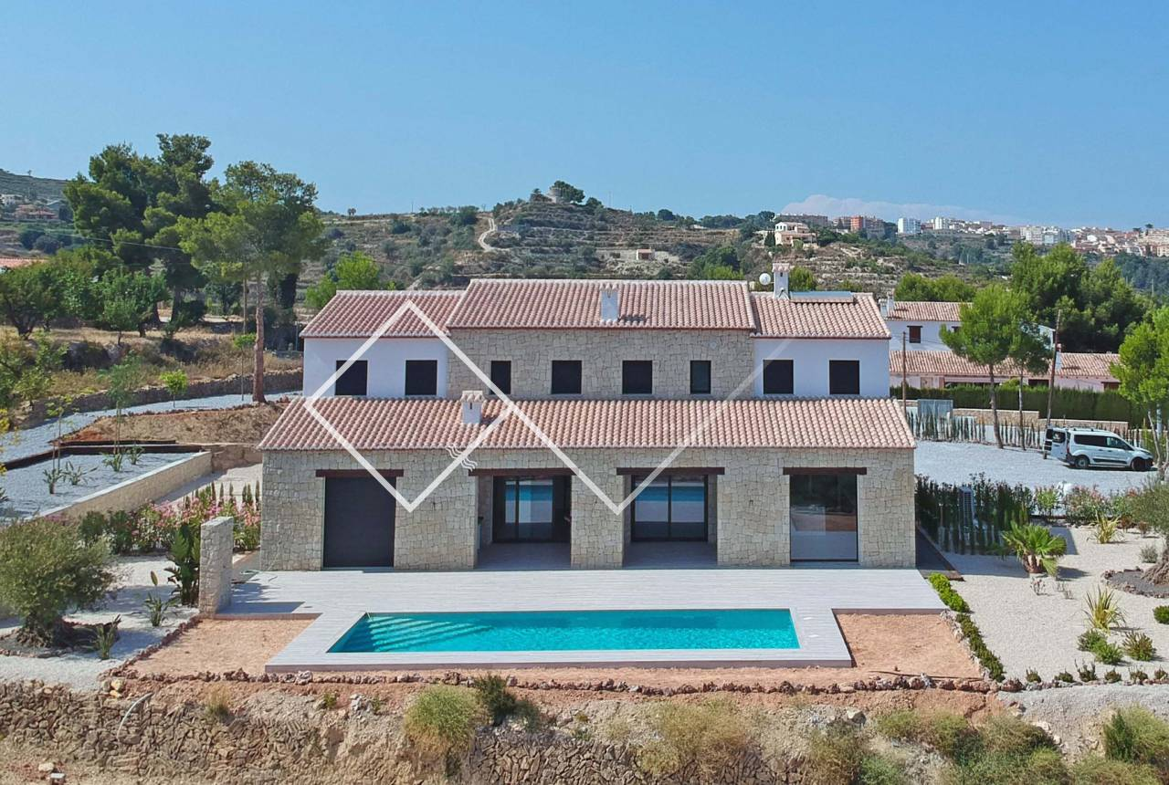 Large finca with pool and garden - New build finca style villa with stunning sea views for sale in Benissa