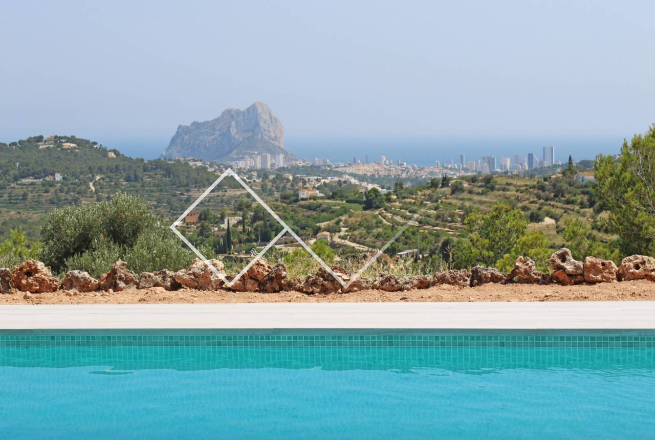 Pool, sea views and Peñon rock - New build finca style villa with stunning sea views for sale in Benissa