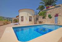 Traditional villa on one level for sale in Montemar, Benissa