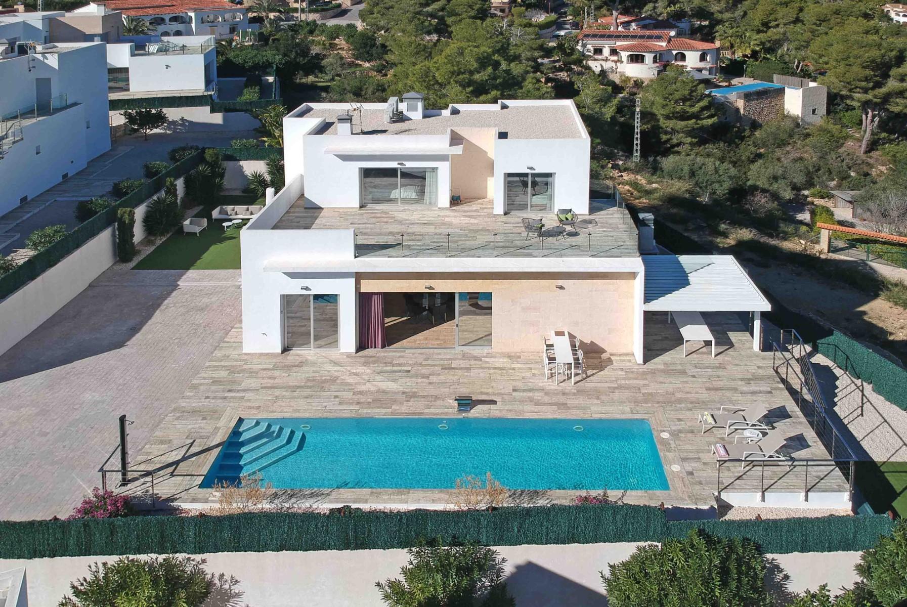 Villa de 4 dormitorios en Benissa  - Max Villas